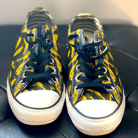 Andy Warhol Banana Leather Ox Sneakers(Converse)